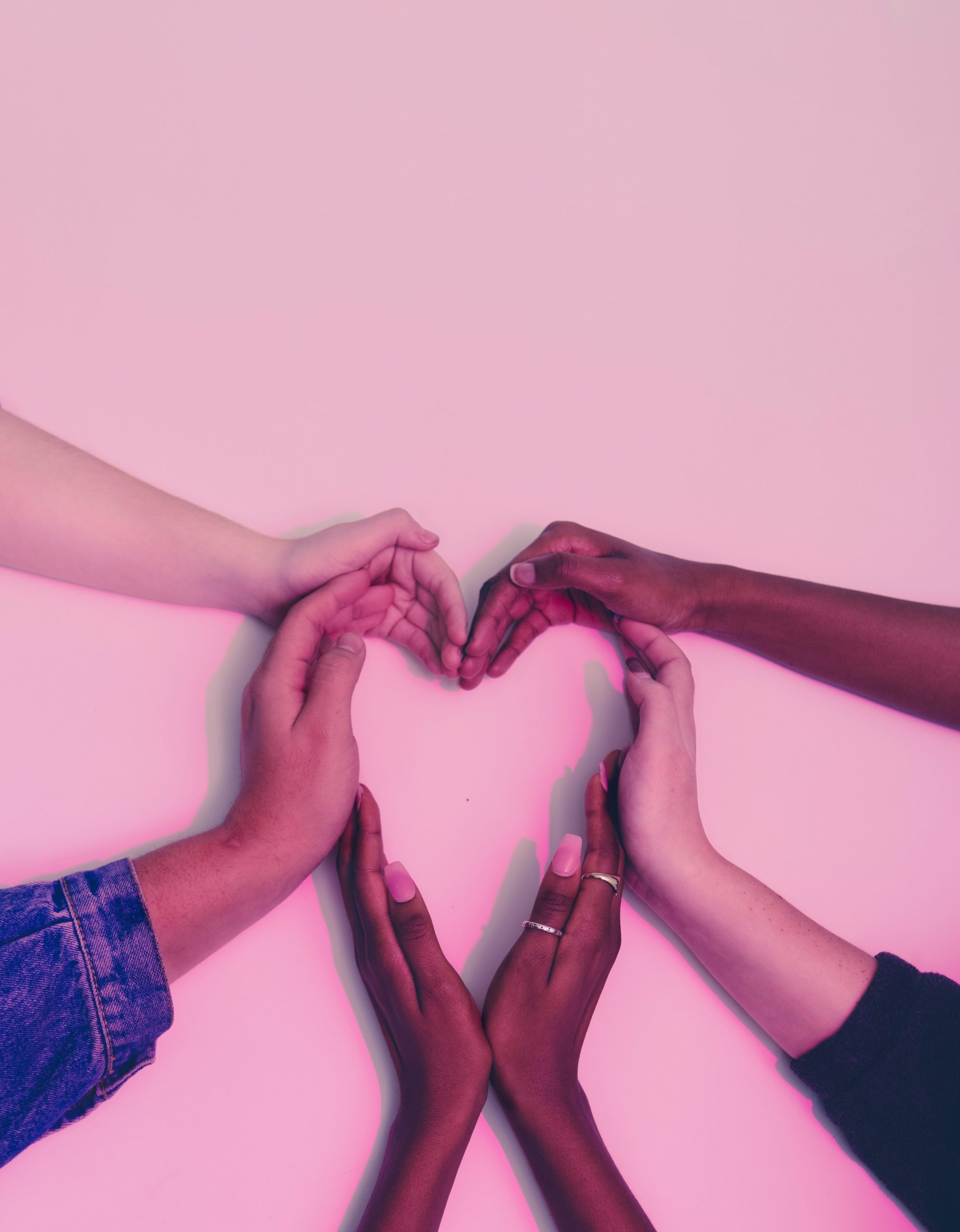 hands-heart-love-305530